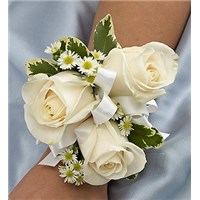 elegance-white-rose-corsage-for-prom-weddings-church